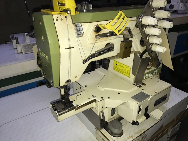 Tutte le macchine da cucire rimoldi f91 66 3ld 04 for Macchine da cucire piccole